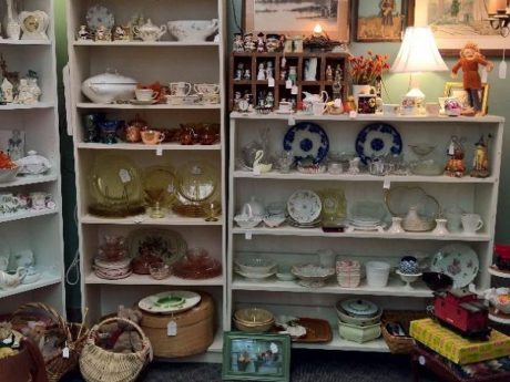 antiques in Newark DE